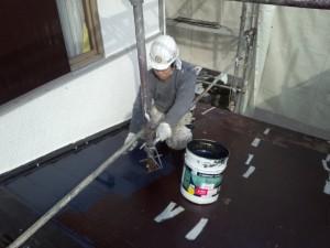 井本様屋根中塗り