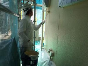 福富様外壁仕上げ塗り