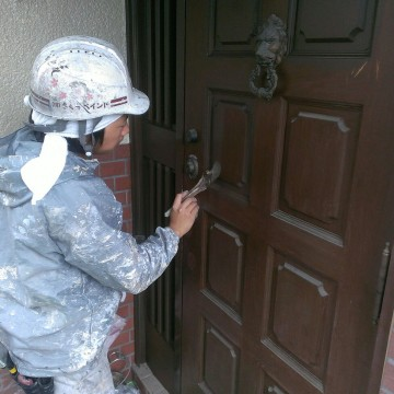 0527玄関ドア塗装